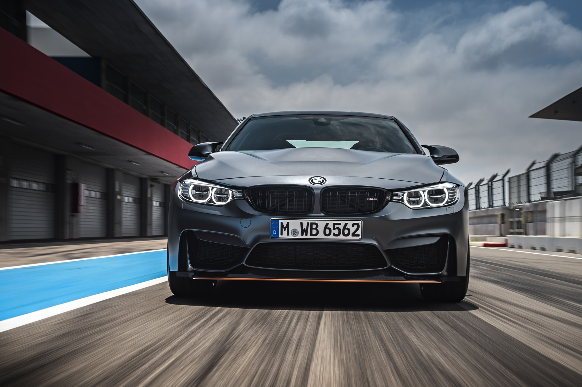 2016 BMW M4 GTS images 1900x1200 wallpaper 35