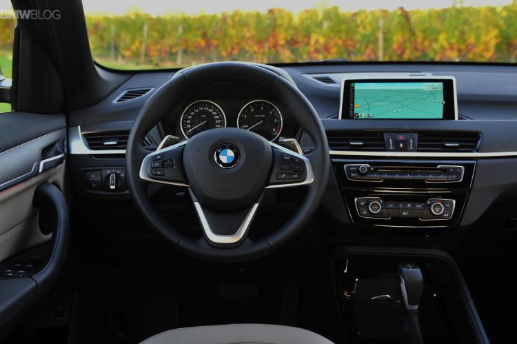 2016 BMW X1 Chestnut Bronze images 25 750x499