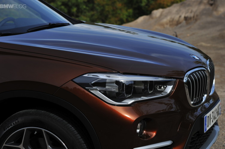 2016 BMW X1 Chestnut Bronze images 28 750x499
