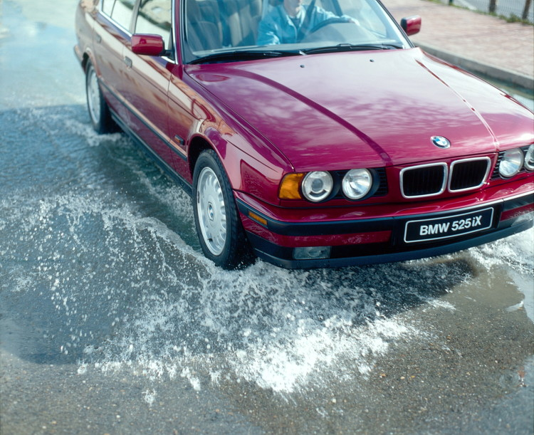 30 years bmw xdrive images 73 750x611