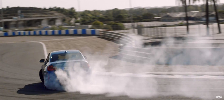 BMW M2 drifting 750x337