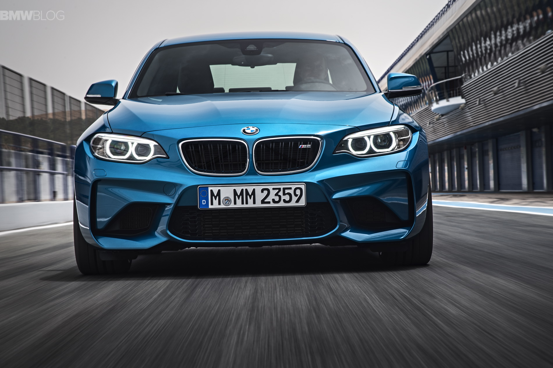 BMW M2 images 25