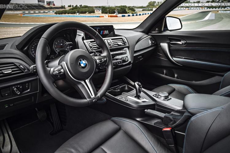BMW M2 interior 021 750x499