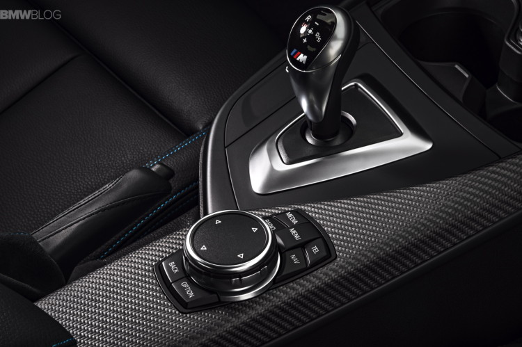 BMW-M2-interior-05