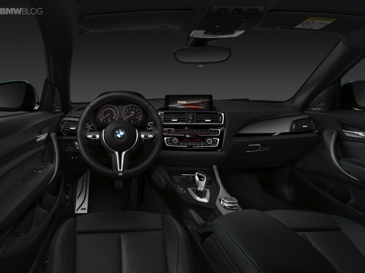 BMW M2 interior 06 750x562