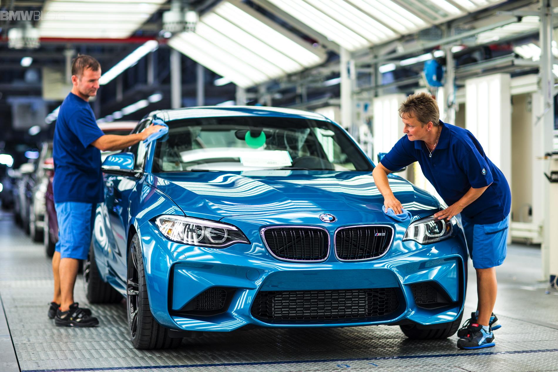 BMW M2 production Leipzig 01