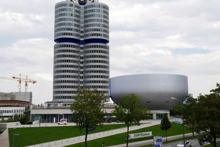 BMW Museum car photos 1 750x500