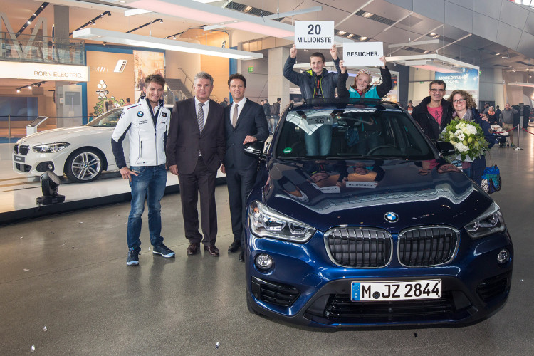 BMW Welt Visitor X1 1 750x500