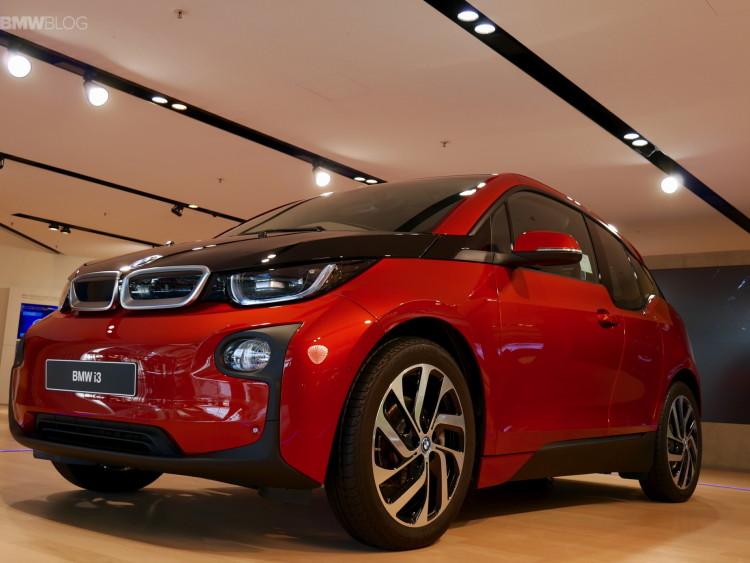 BMW-Welt-photos-19
