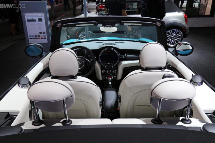 2016 MINI Convertible LA Auto Show 2015 10 750x500