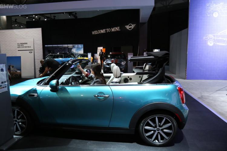 2016 MINI Convertible LA Auto Show 2015 6 750x500