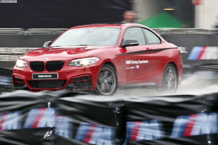 BMW M235i M Performance Drift Action EICMA 2015 03 750x500