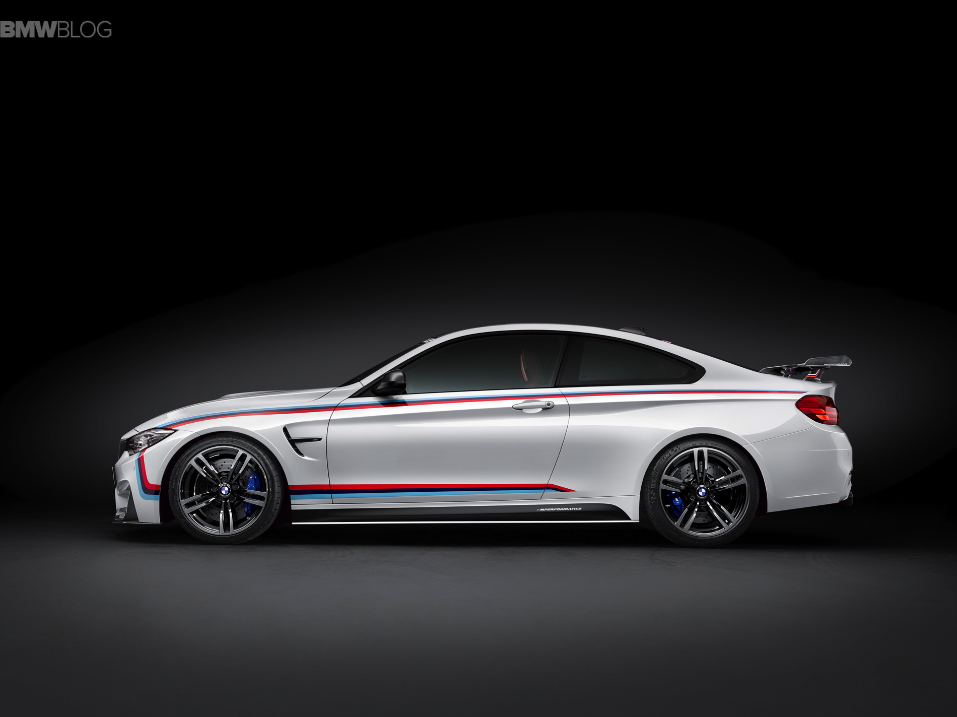 BMW M4 through flow high trunk spoiler SEMA 10