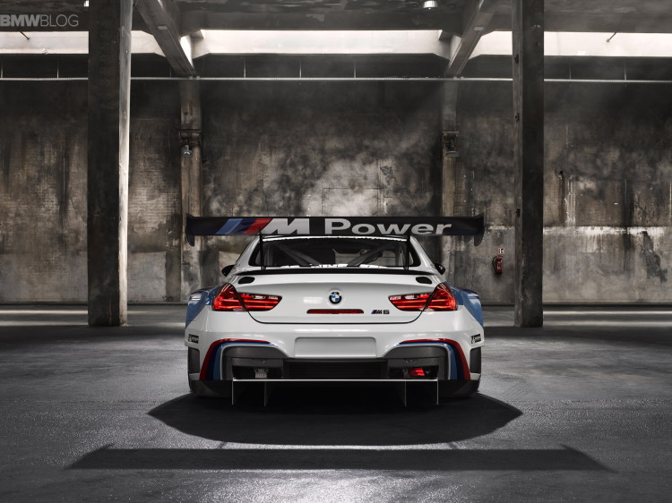 BMW M6 GT3 Art Car images 3 750x562