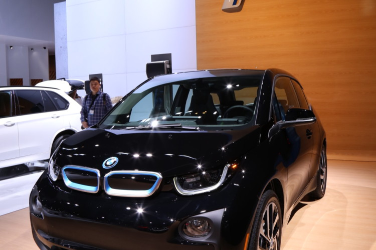 BMW i3 Shadow Sport Edition LA Auto Show 2 e1447883190956 750x500