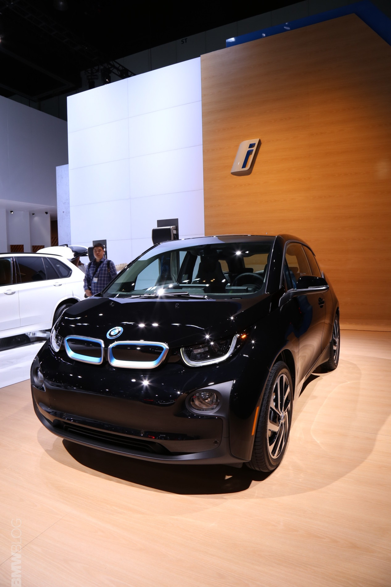 BMW i3 Shadow Sport Edition LA Auto Show 2 e1447883190956