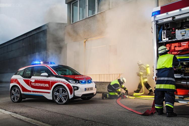 BMW-i3-fire-car-images-2