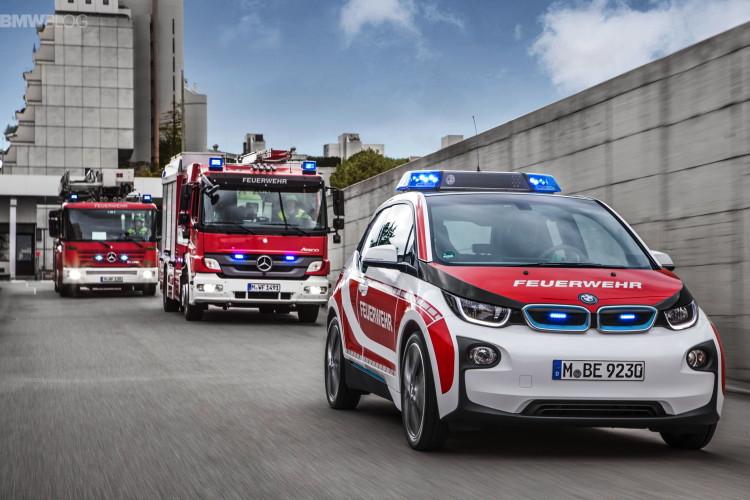 BMW i3 fire car images 3 750x500