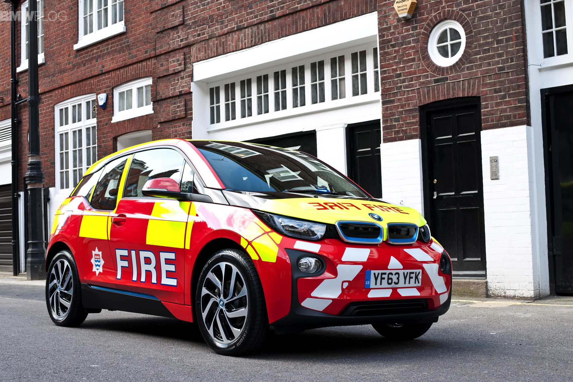 Bmw I3 Now Available For Police Forces Rescue Services