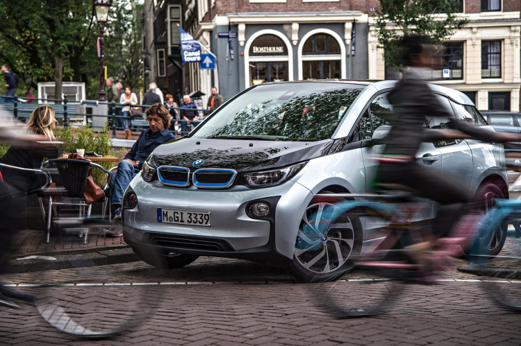 BMW i3 two years old 2 750x499