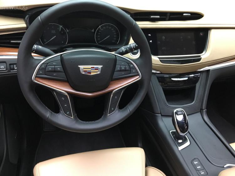 Cadillac XT5 LA Auto Show 9 750x563
