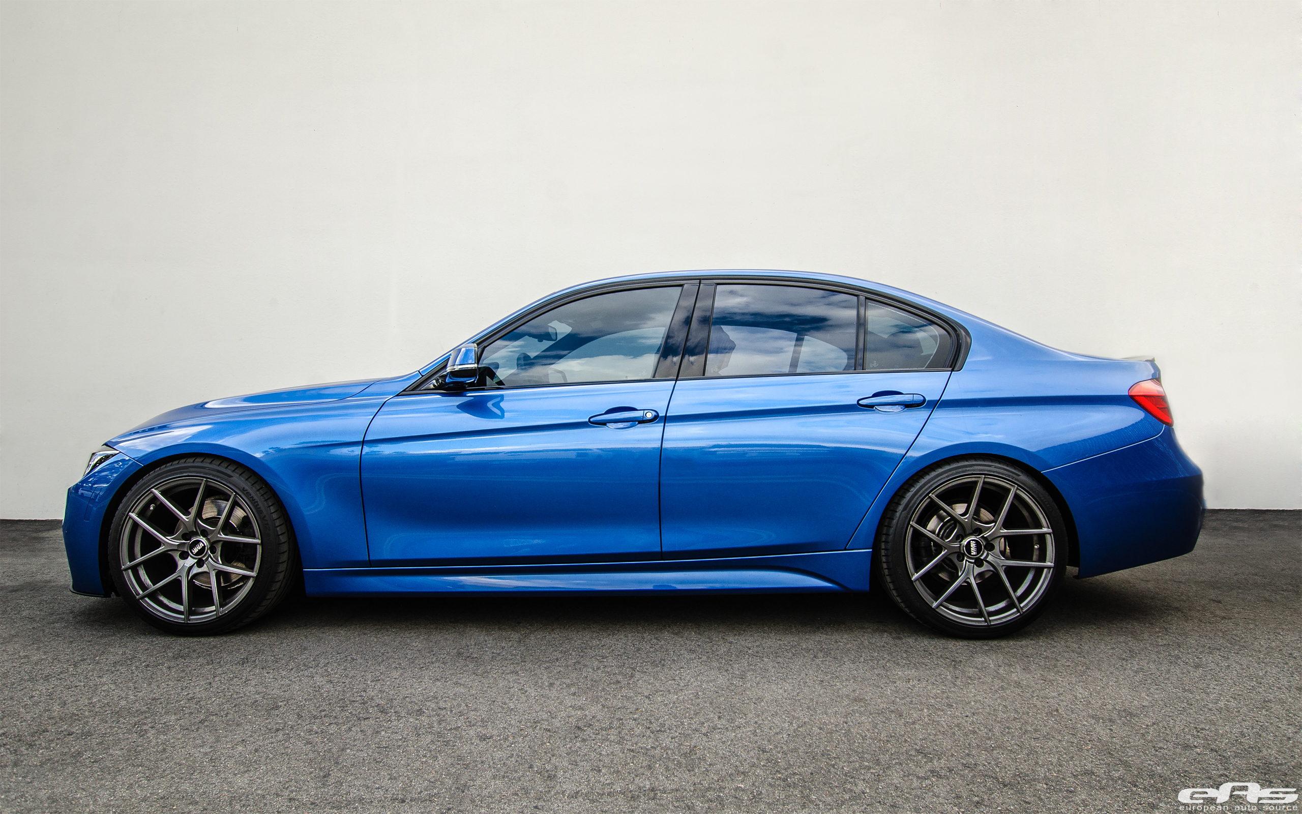 This Estoril Blue Bmw F30 328i Gets Some Visual Upgrades