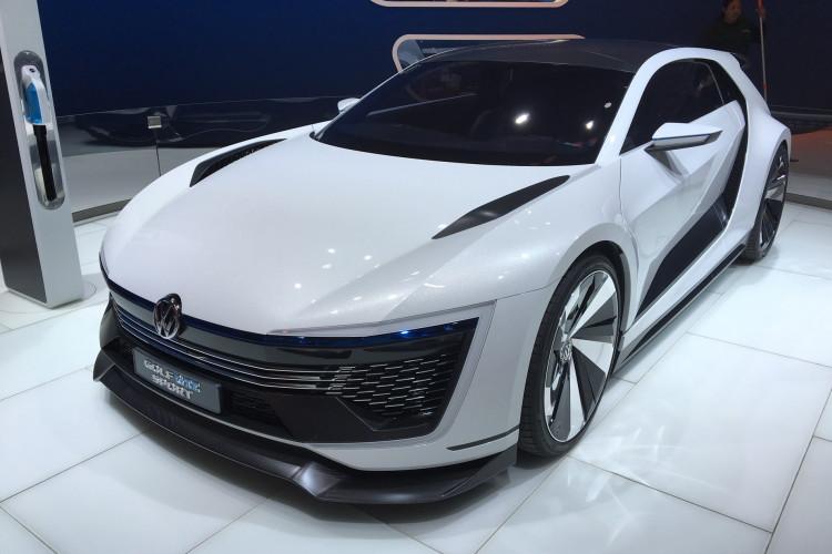 Golf GTE Sport Concept LA Auto Show 1 750x500