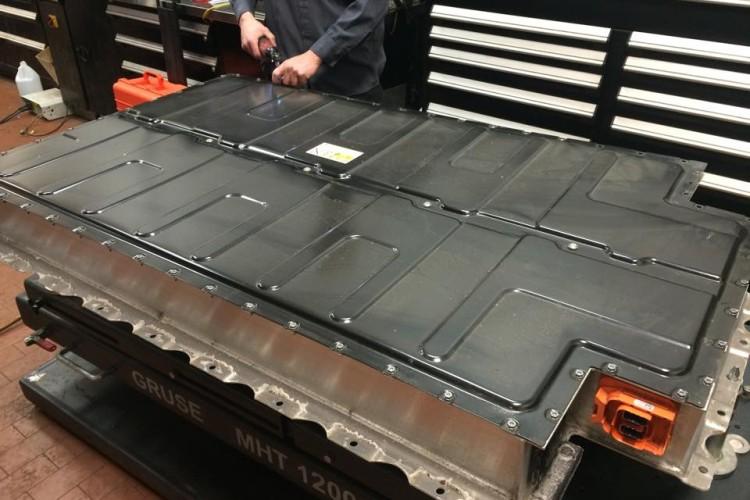 battery i3 750x500