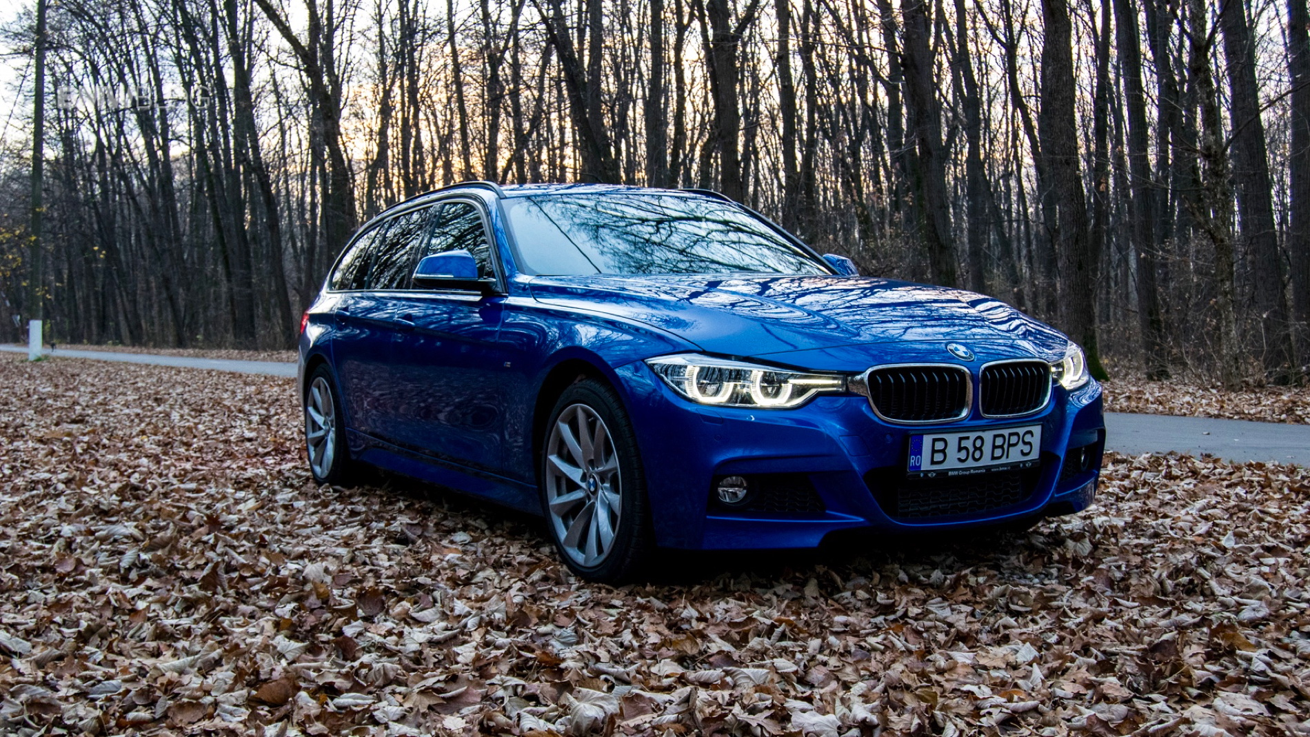 2015 BMW 320d xDrive Touring test drive 2
