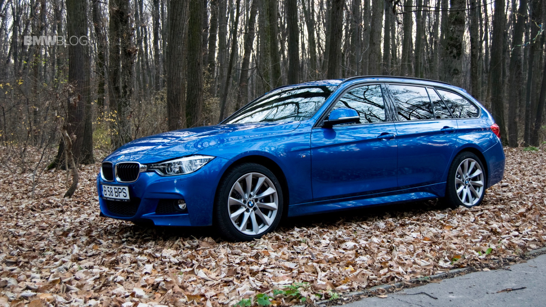 2015 BMW 320d xDrive Touring test drive 34