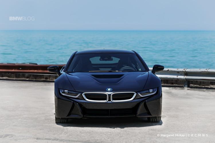 2015 BMW i8 Test Drive 1900x1200 1 750x500