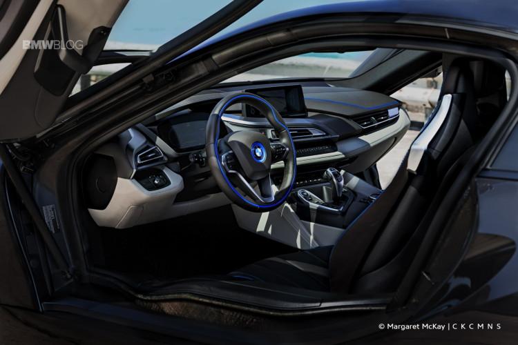 2015-BMW-i8-Test-Drive-1900x1200-18