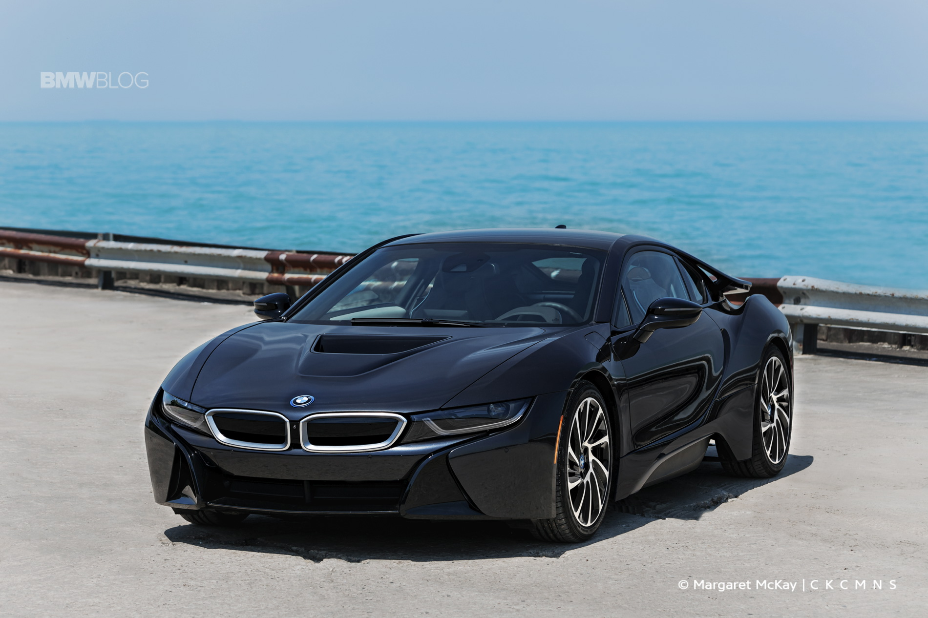 2015 BMW i8 - ROAD TEST