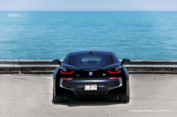 2015-BMW-i8-Test-Drive-1900x1200-22
