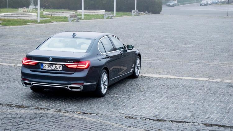 2016-BMW-730d-xDrive-test-drive-review-38