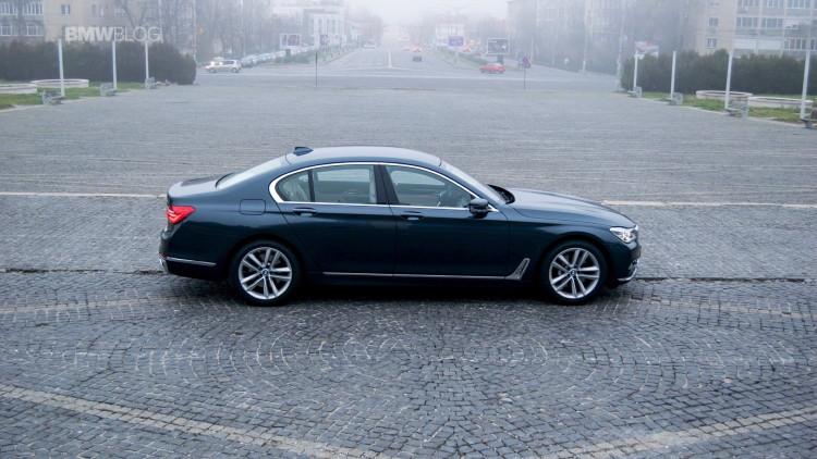 2016-BMW-730d-xDrive-test-drive-review-42