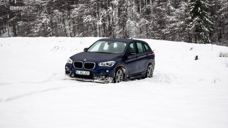 2016-bmw-x1-xdrive20d-test-drive- - 14