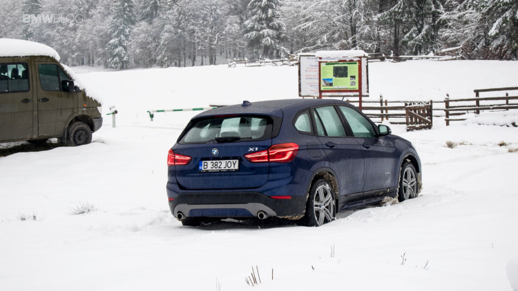 2016-bmw-x1-xdrive20d-test-drive- - 23