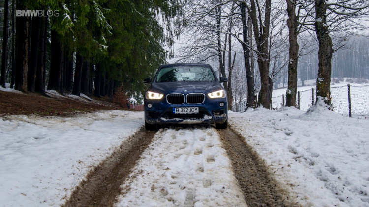 2016-bmw-x1-xdrive20d-test-drive- - 66
