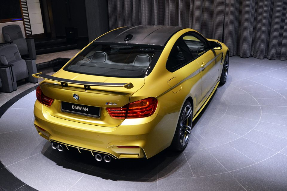 Austin Yellow BMW M4 AD 17