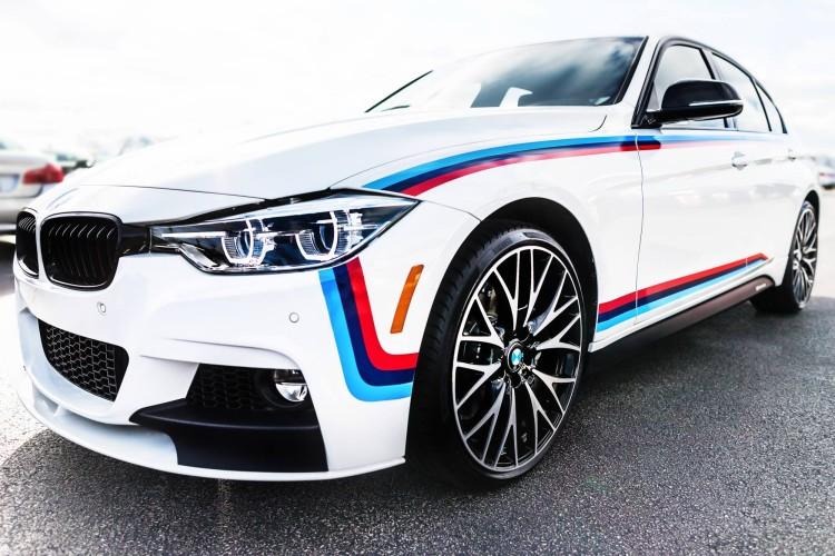 BMW 340i M Sport Package M Stripes 9 750x500