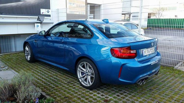 BMW M2 Long Beach Blue Live Fotos 04 750x422