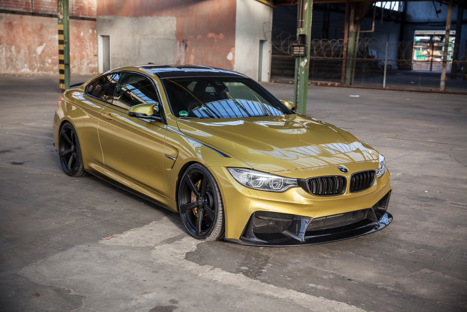 BMW M4 1