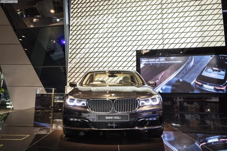BMW Welt 2015 7er G11 G12 04 750x501