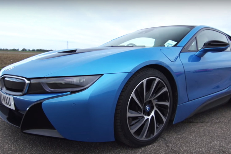 Car Buyer BMW I8 750x500