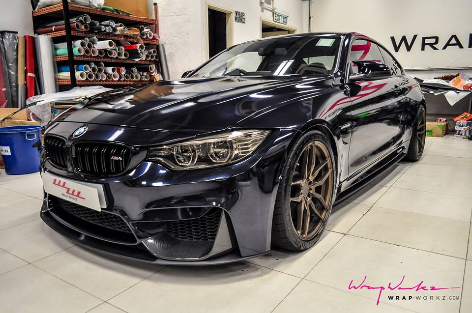 Midnight Blue BMW M4 10