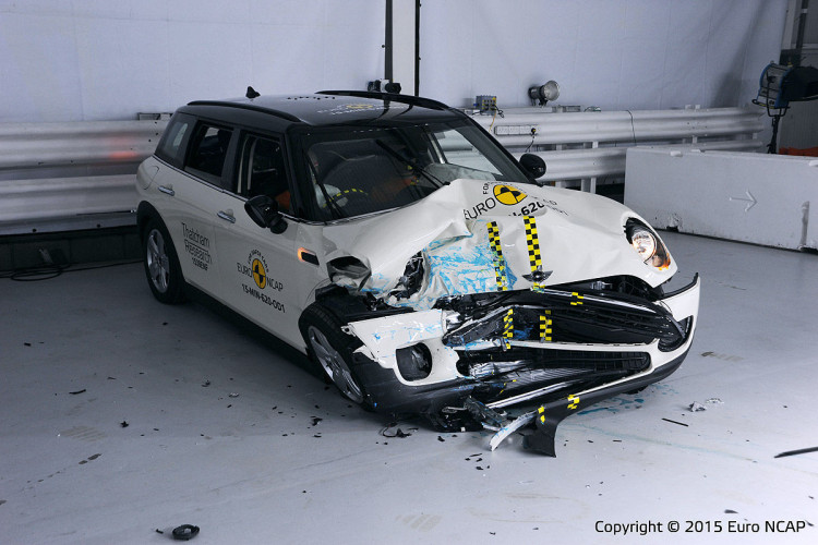Mini Clubman Euro NCAP Crashtest 2015 1200x800 3 750x500