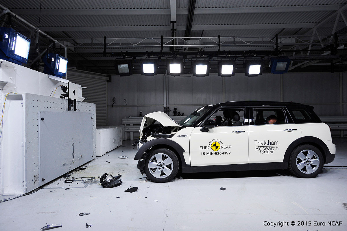 Mini Clubman Euro NCAP Crashtest 2015 1200x800 7
