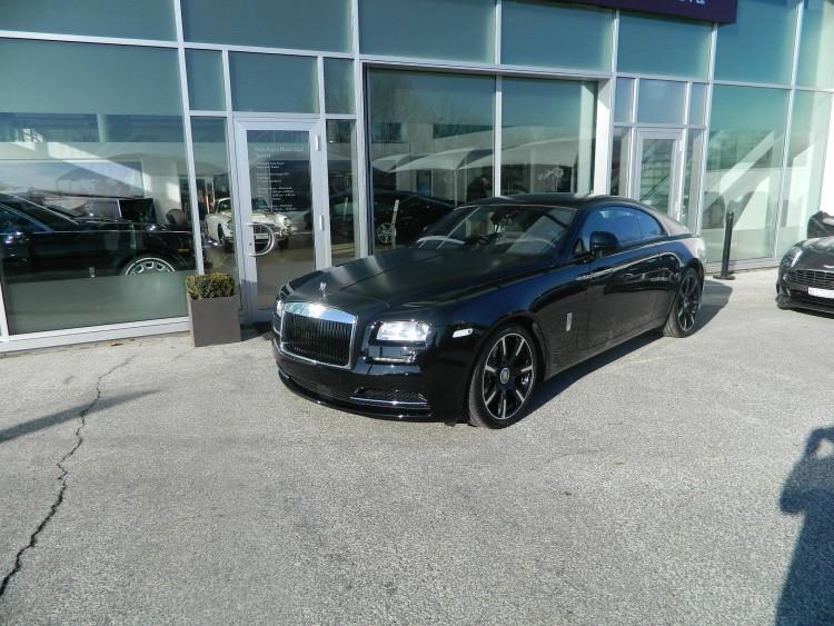 Rolls Royce Wraith Carbon Fiber 11 750x563