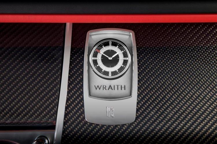 Rolls Royce Wraith Carbon Fiber 12 750x500